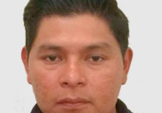 Manuel Yac, técnico certificado Yale en instalación de cerraduras digitales, CCTV e intercomunicadores en Guatemala.