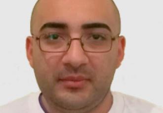 Eduardo Ruben Martinez, técnico certificado Yale en instalación de cerraduras digitales, CCTV e intercomunicadores en Guatemala.